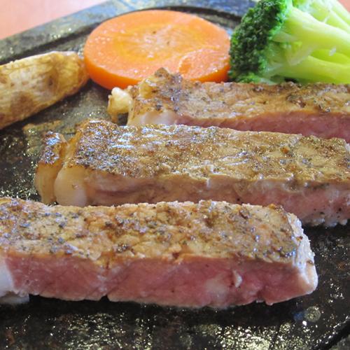 *【ステーキ】ボリューム満点!肉そのものの味を楽しめるステーキ♪