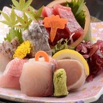 *地魚満喫会席・お造り(一例)