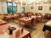 【食堂]  夕・朝食会場です