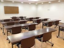 【会議室】 ゼミ合宿・勉強会などにどうぞ