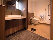 【洋室ツインルームトイレ】 うち2ルームは車椅子対応です