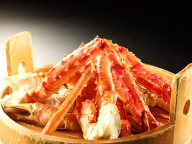 別注料理【たらば蟹盛】冬の豪華味覚たらば蟹をお皿いっぱいにお届けします。思う存分お楽しみください。