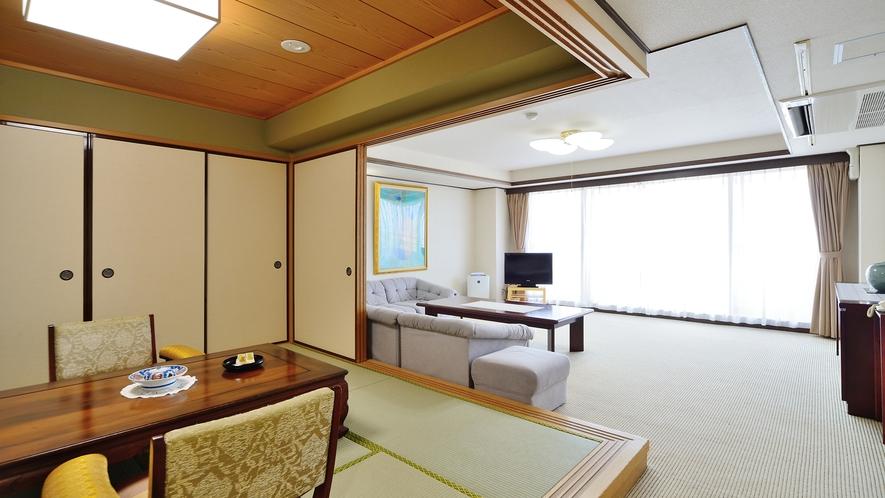 【最上階 特別室 100平米超】当館随一の展望スイートルーム。記念日など特別な日の演出にどうぞ。