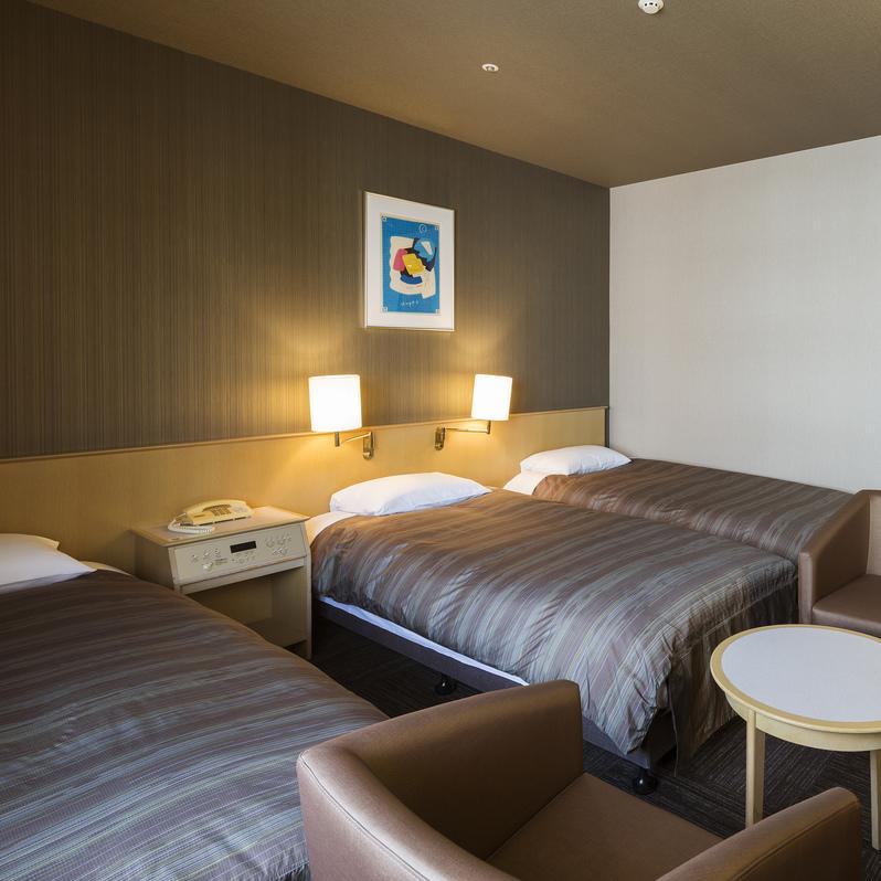 <トリプルルーム>Wi-Fi完備 21.5平米〜/ベッド幅90〜120cm