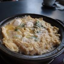 味舞ランチ一例<京湯葉と帆立の柳川鍋>