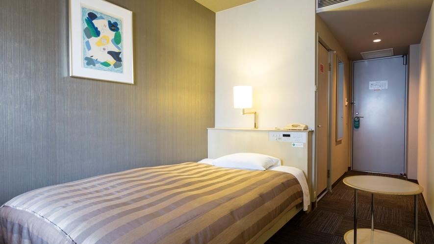 <シングルルーム>Wi-Fi完備 14.8平米/ベッド幅120cm