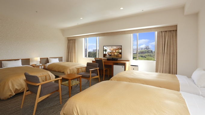 【お子様歓迎】ベッド4台の大きなお部屋でご家族一緒に泊まれる!ファミリープラン/朝食付