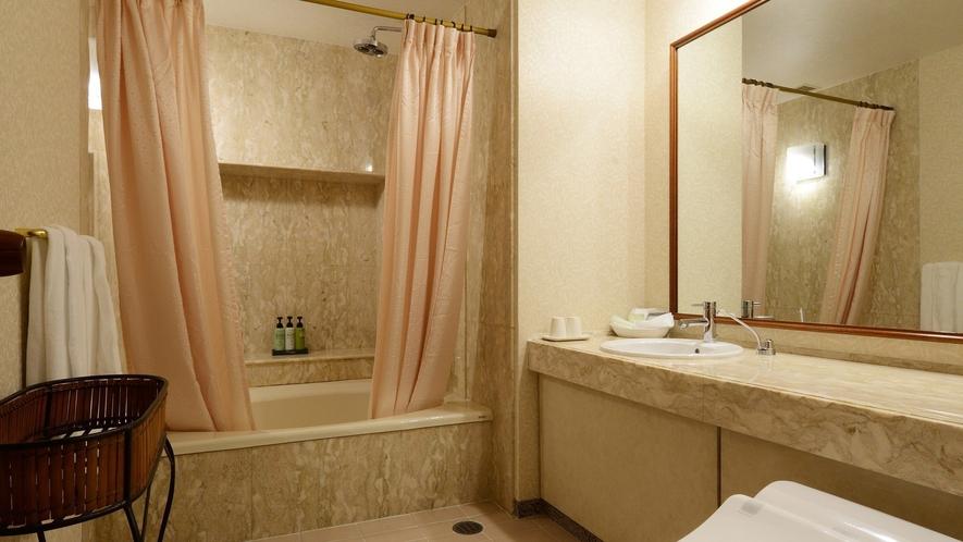 ●スイートルーム・バスルーム
