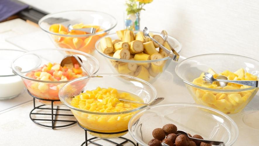 ●朝食バイキング・フルーツ