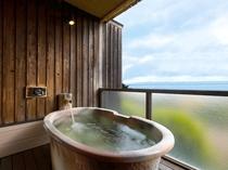 「星のしずく  陶器風呂タイプ」客室露天風呂(一例)