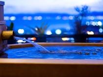 「星のしずく  檜風呂タイプ」客室露天風呂(一例)