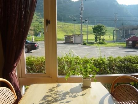 レストラン窓
