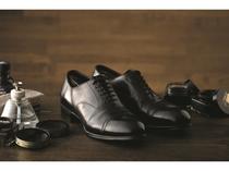 ■靴磨き職人による、シューシャインサービス■
