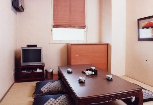 和室4.5畳《◆禁煙》(バス・トイレなし/窓あり)1-2名