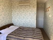 204号室 ダブルベッドルーム