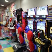 ゲームコーナー「くじら」営業時間14:00~24:00