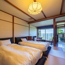 岬亭露天風呂付和ベッド客室(一例)