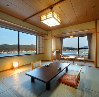 【港側和洋室(角部屋)】10畳+16平米