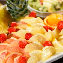 【朝食】フレッシュフルーツ