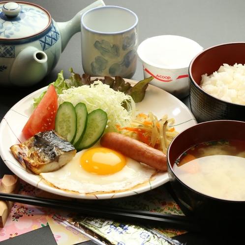 夕食・朝食は本館の食事処でご提供!