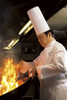 中国料理<南園>料理長が贈る【特選コース】(夕朝食付き)