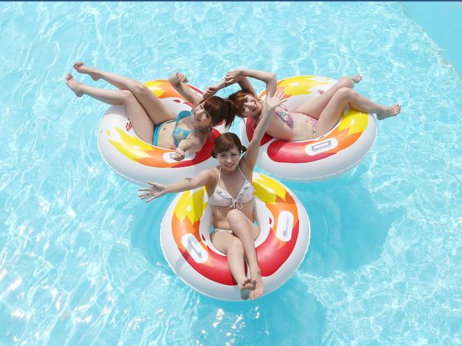 【よみうりランド】5つのプールと3種類のスライダーが楽しめる「プールWAI」(6/29〜9/16)