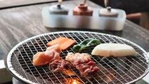 <夕食/一例>近隣の「こぶしの木」熊本県産ブランドの赤牛や馬肉など
