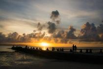 西桟橋から見る夕日は格別です