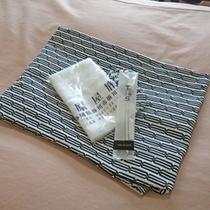 *客室一例/各部屋にハンドタオル、浴衣、歯磨きセットのご用意がございます。