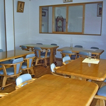 *1階食堂/夕朝のお食事はこちらでご用意致します♪出来立てのご飯をお楽しみに。