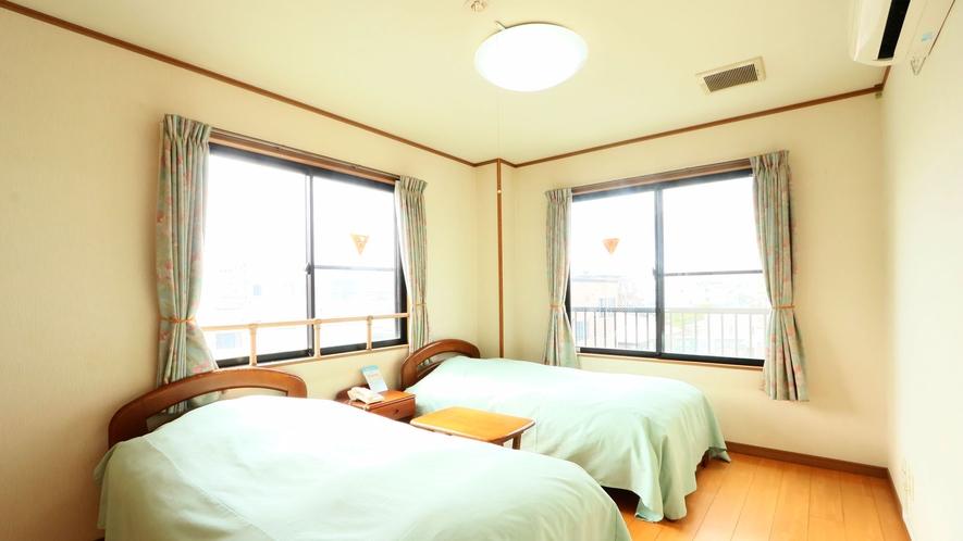 ツインルーム★2名まで泊まれる客室