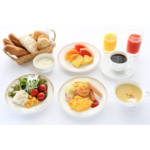 朝食(盛り付け例)
