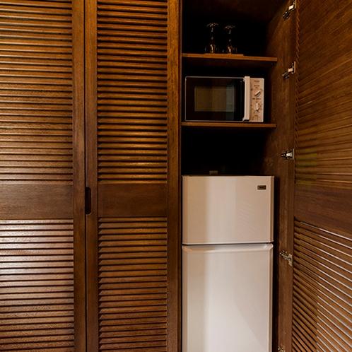 冷蔵庫・電子レンジ完備。