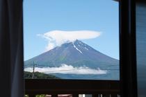 お部屋より富士山