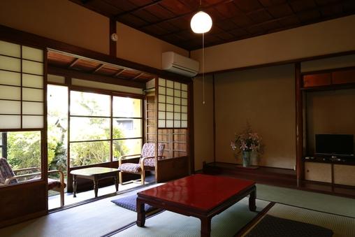 1階 梅の間 二間 純和室13畳 小田原駅徒歩3分