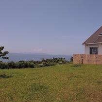 【敷地内一例】庭からも海が一望できます