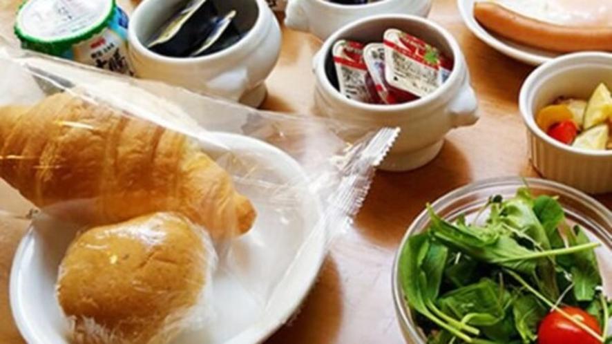 【朝食】〜『味めぐり小鉢横丁』ご当地逸品と朝の彩り献立〜(イメージ)