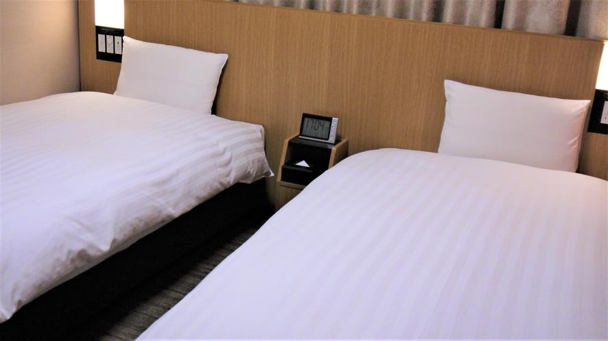 ツインルーム【禁煙】(110×195センチ×2台)約19平米◆サータ社製ベッド◆