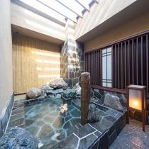 半露天風呂(男性大浴場)
