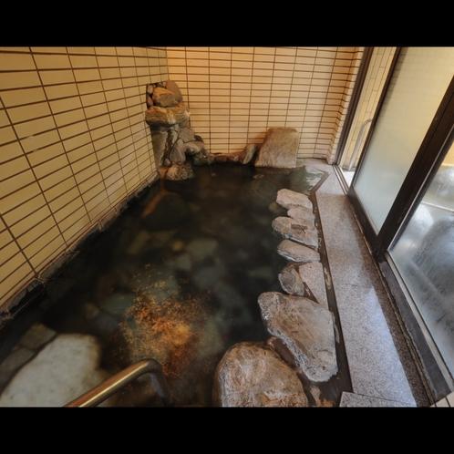 ◆内風呂:泉質はアルカリ性単純泉。
