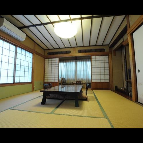 ◆和室8畳:ゆったりお寛ぎ頂けるお部屋です。