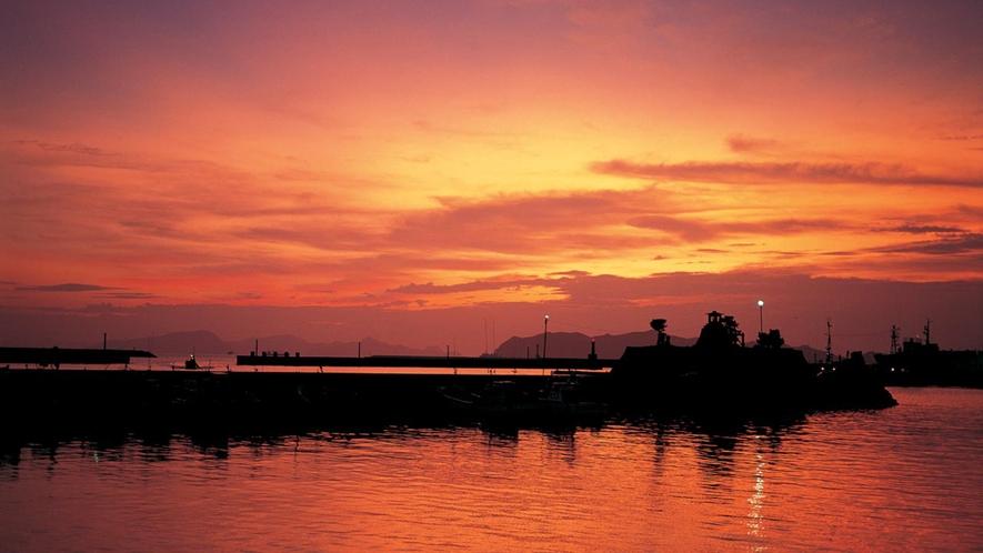 *大自然の中で見る夕陽は普段と違って見えるかもしれません♪