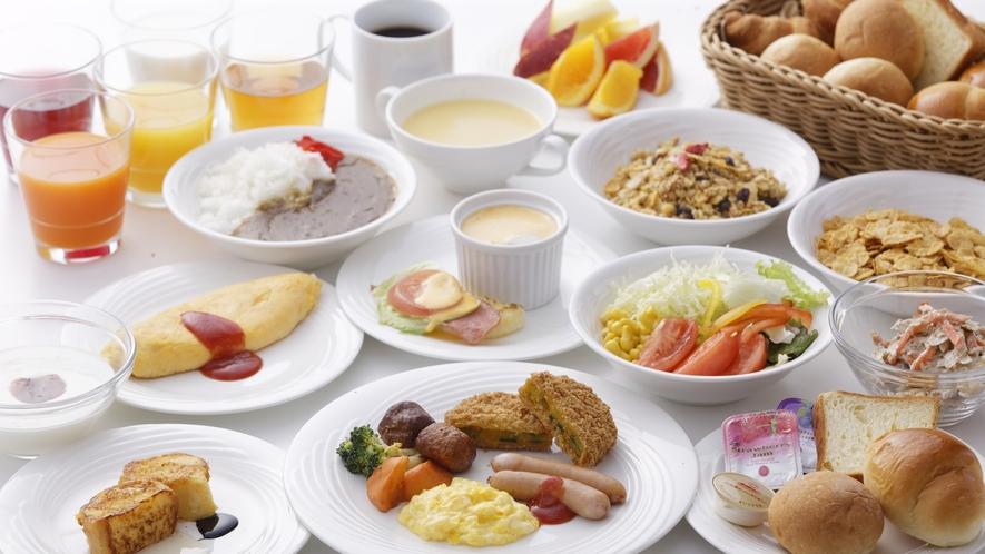 博多名物をはじめ九州各地の名物料理から定番メニューまでフォルツァらしさ溢れる元気朝食をご用意