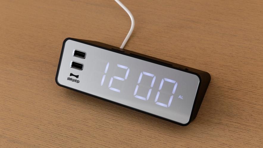 USBポート付LEDクロック(全室設置)