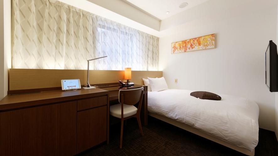 ベッド幅120cmシモンズ社製の高品質ベッド、快適にお過ごしいただける「ユニバーサル」