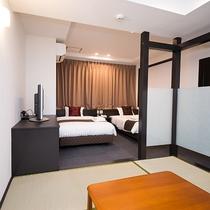 *和洋室/120cm幅のベッドと和室のお部屋です。ご家族連れにオススメ。