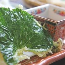 ☆料理_そば処_山葵葉の天ぷら (2)