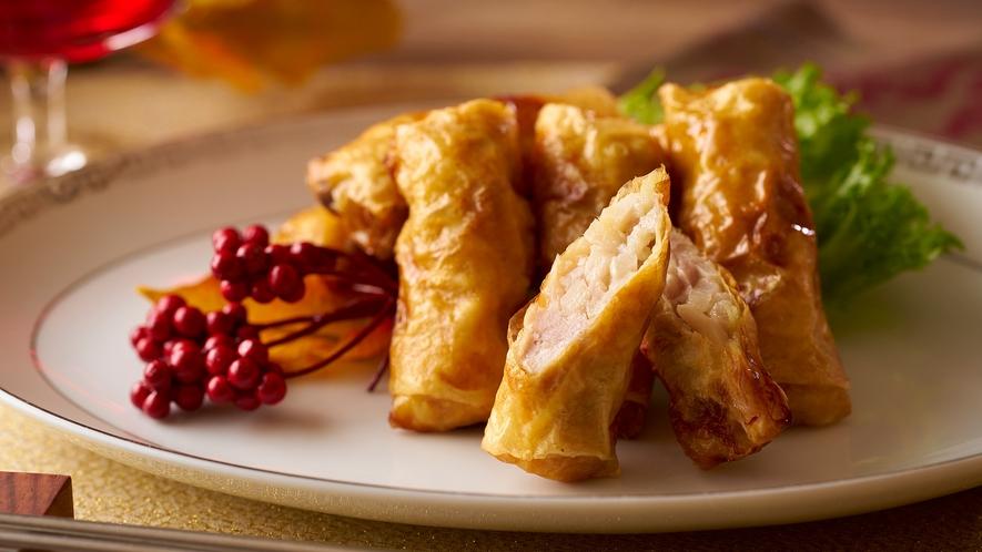 【9/1~11/30】秋の料理フェア 豚の湯葉巻き揚げ ※イメージ