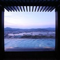 11階 展望の湯(夜景)