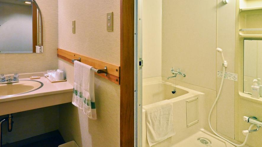 【本館/和室8畳】203号室/ユニットバス